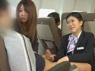 日本航空公司帮助乘客拍摄