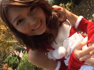 日本可爱的圣诞女孩