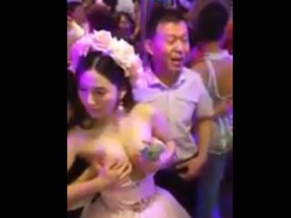 泰国快乐的公共场所,以抓住牛奶