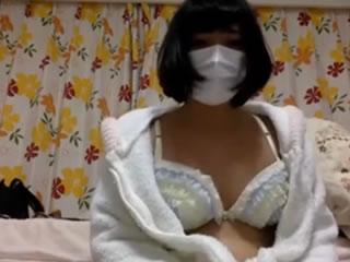 韩国护士学校与面具,锚,视频和牛奶