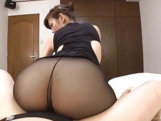 日本成熟黑絲女優
