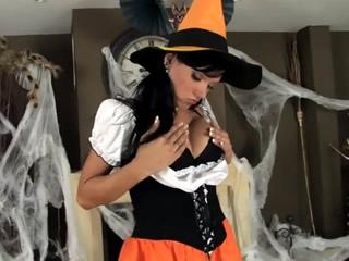 黑髮寶貝性感的萬聖節装扮