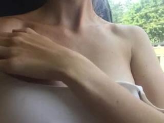 喺捷運上自摸我自己個G乳