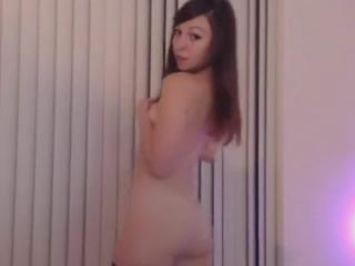 性感的年�p土耳其女孩自慰