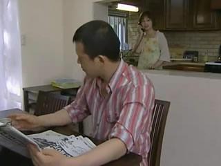 日本美女妻子遇到电话性骚扰