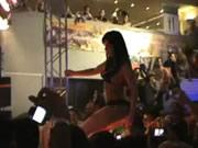 Auto Show modèle danse