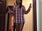 眼鏡淫蕩女孩視頻 HD 2