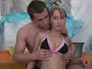 俄罗斯情侶肛交到噴尿潮吹