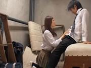 AV日记 誘惑學生製服乳搖口交 7