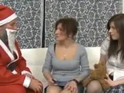 Papá Noel para la mamá y la hija